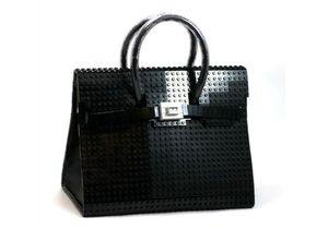 Легендарную сумку Birkin сделали из Lego