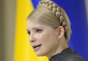 Тимошенко: Мы со следователем печатаем одновременно, он - в протокол, я - в Twitter