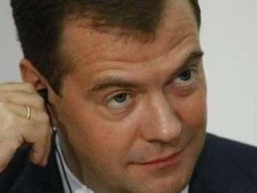 Медведев уверен в восстановлении отношений с Грузией, но не с Саакашвили
