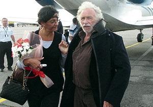 Сегодня: Пьер Ришар прилетел в Украину