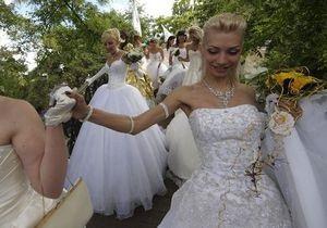 1+1 запускает двуязычный ситком и шоу о свадьбах