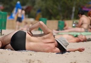 В Киеве санитарный паспорт получил только один пляж