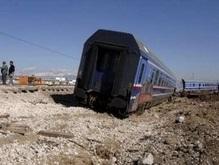 В Аргентине поезд врезался в автобус с пассажирами
