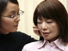 Японцы создали девочку-робота