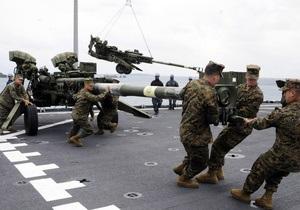 США согласились вывести часть морпехов с Окинавы