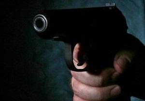 Суд арестовал киевского чиновника, ранившего из пистолета двух девочек