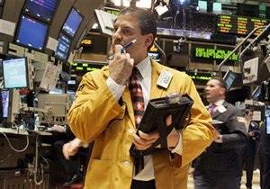Российский рынок акций держится в минусе