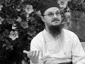 Патриарх Кирилл совершит литию у гроба убитого в Москве отца Даниила