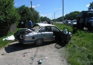 На Житомирской трассе граждане России попали в ДТП: двое погибших