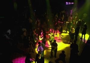 В Чикаго открылся ночной клуб для непьющих