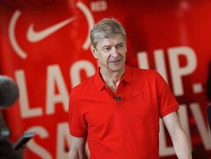 Nike представляет мировое учреждение футбольной тренировочной организации в  Соуэто