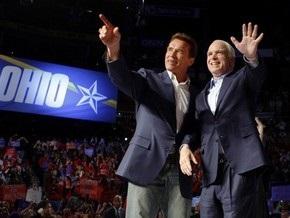Белорусская оппозиционная партия позвала на учредительный съезд Маккейна и Шварценеггера