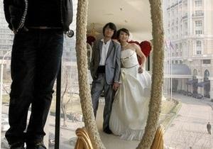 В Японии после землетрясения начался свадебный бум