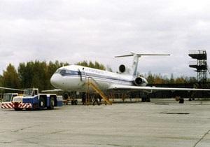В Новосибирске благополучно приземлился пассажирский Ту-154 с лопнувшим колесом