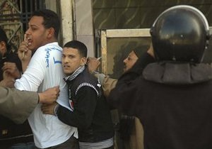 Христиане и мусульмане устроили драку на севере Египта: пострадали 24 человека