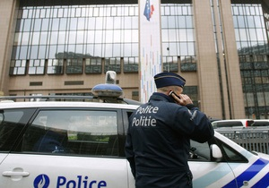 В Бельгии женщина, выбросившаяся с 12-го этажа, убила пешехода
