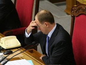 Яценюк продлил перерыв в заседании Рады