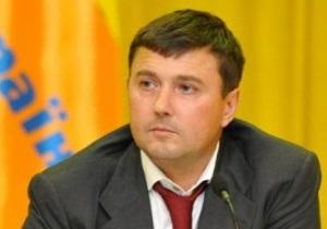 Сторонники Ющенко в ответ на его исключение из Нашей Украины уволили Бондарчука