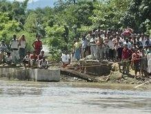 Наводнение в Индии: 30 человек погибли, 300 тысяч остались без крова