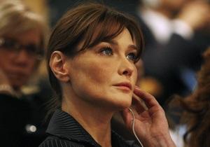 Карла Бруни - На виллу Карлы Бруни пытался проникнуть мужчина, желавший любой ценой увидеть жену экс-президента Франции