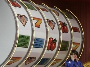 Ющенко подписал закон о запрете игорного бизнеса