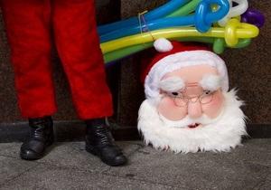 МВД: Под видом Дедов Морозов к украинцам приходят всякие мошенники