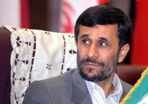 СМИ: На Ахмадинеджада совершено покушение