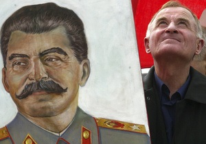 В американском городе установили бюст Сталина