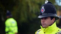 Почему полицейские в Великобритании не носят оружие
