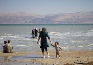 Обезвоживание Мертвого моря вызвано подъемом земной коры