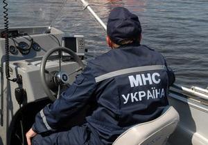 В Черниговской области машина сорвалась в Десну: утонули отец и сын