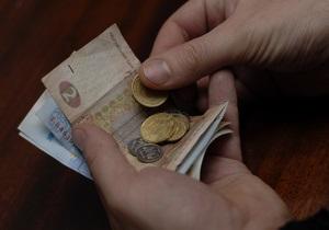 Межбанк: евро отвоевывает позиции, доллар не спешит сдаваться