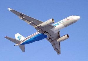 В аэропорту Домодедово при посадке потерпел крушение российский авиалайнер Ту-204