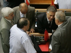 Симоненко хочет провести референдум по НАТО в день выборов президента