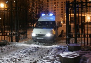 В центре Санкт-Петербурга автобус врезался в рекламный щит: есть погибшие и пострадавшие