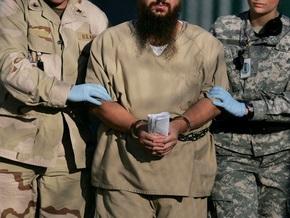 Заключенный Гуантанамо  требует с ЦРУ $10 млн за пытки