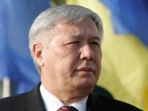 Ехануров предлагает, сцепив зубы, дружить с Россией