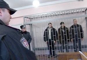 Обезглавливание памятника Сталину: тризубовцам изменили обвинение