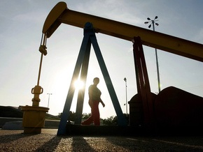 Россия и страны Персидского бассейна хотят отказаться от доллара в расчетах за нефть