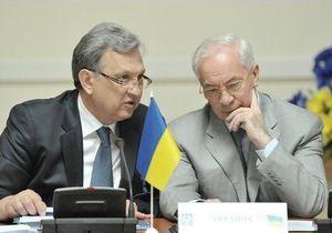 Эксперты: Увольнение Ярошенко поставило под сомнение премьерство Азарова