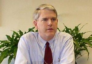 Сегодня на Корреспондент.net состоится прямая трансляция лекции Стивена Пайфера