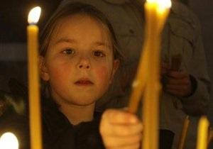 Православные и католики празднуют Троицу