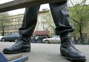 В Киеве возле здания МВД прошла акция, посвященная памяти жертв милицейских пыток