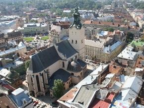 Во Львове скончался всадник, который столкнулся с автомобилем