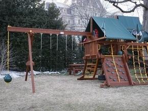 Детям Обамы построили площадку возле Белого дома
