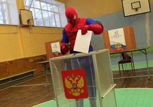 В Челябинске проголосовал Человек-паук