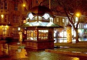 Львовские власти запретили изображать алкоголь на рекламных вывесках города