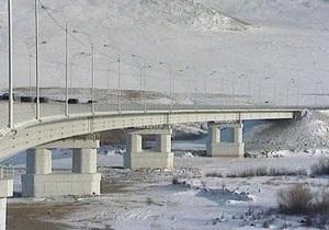 В России из-за воровства металла рухнул 200-метровый мост