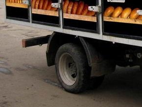 В Евпатории хлебовоз провалился под землю