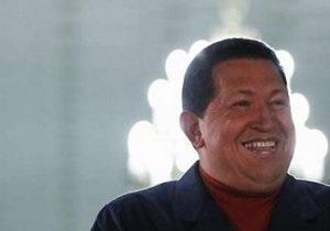 Чавес готов восстановить дипломатические отношения с Колумбией